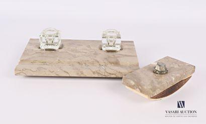 Nécessaire de bureau en marbre comprenant...