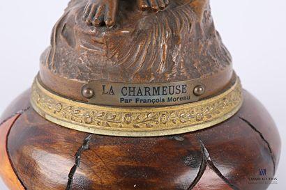 MOREAU François d'après  La charmeuse  Régule à patine brune  Signé sur la terrasse,...