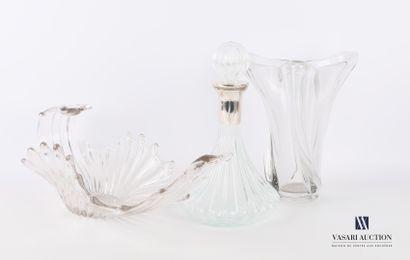 Lot en verre et cristal moulé comprenant...