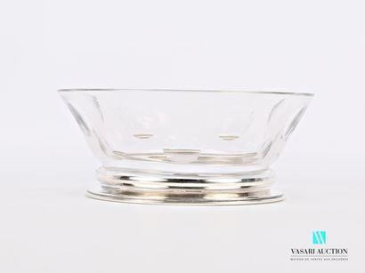 Coupe en cristal de forme ronde à panse évasée...