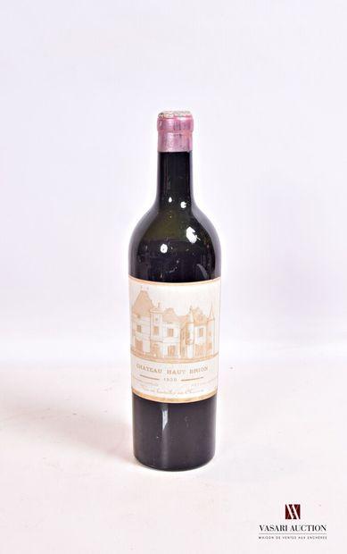 1 bouteilleChâteau HAUT BRIONGraves 1er GCC1939  Et. un peu fanée et un peu...