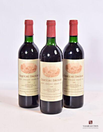 3 bouteillesChâteau DAUGAYSt Emilion GC1985...