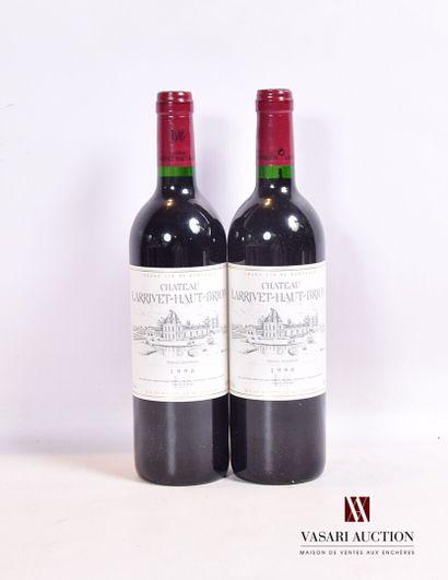 2 bouteillesChâteau LARRIVET HAUT BRIONGraves1996...