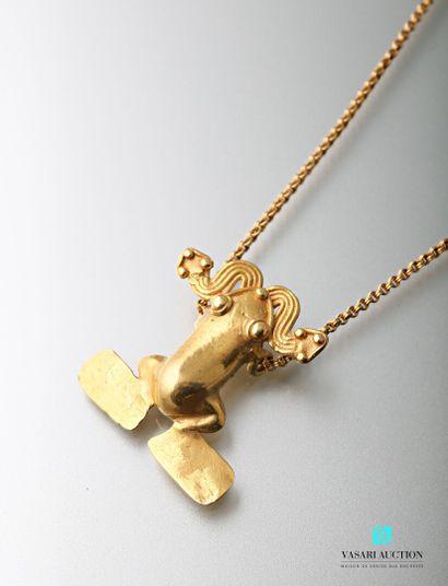 Une chaîne en or jaune 750 millièmes maille...