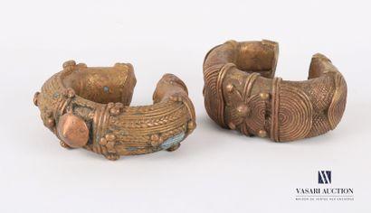 AFRIQUE  Lot de deux bracelets monnaie ou...