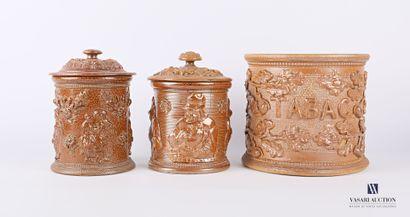 BEAUVAIS  Lot comprenant trois pots à tabac...