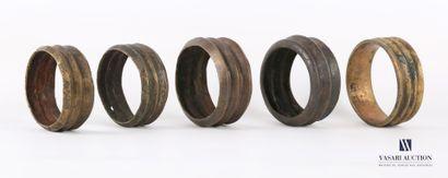 AFRIQUE  Lot de cinq bracelets monnaie ou...