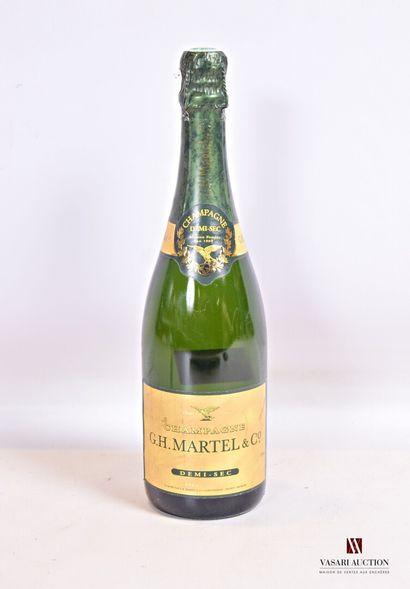 1 bouteilleChampagne G.H. MARTELL & C° 1/2...