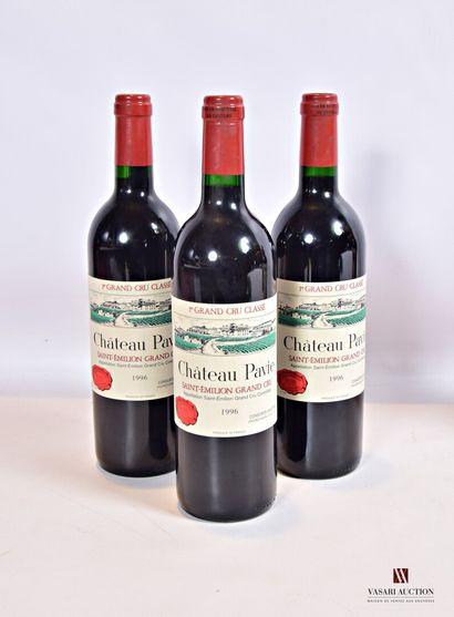 3 bouteillesChâteau PAVIESt Emilion 1er...