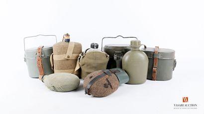 Équipements militaires: bidons individuels,...