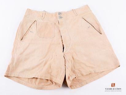 Short Afrika Korps, toile sable, deux poches...