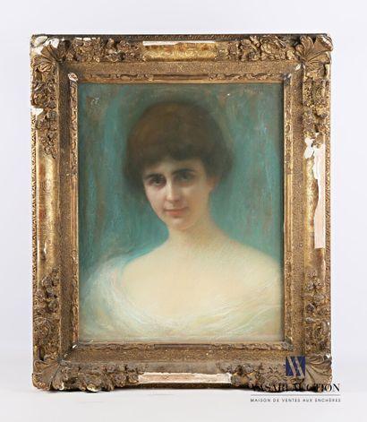 DESIRÉ-LUCAS Louis Marie (1869-1949)  Portrait...