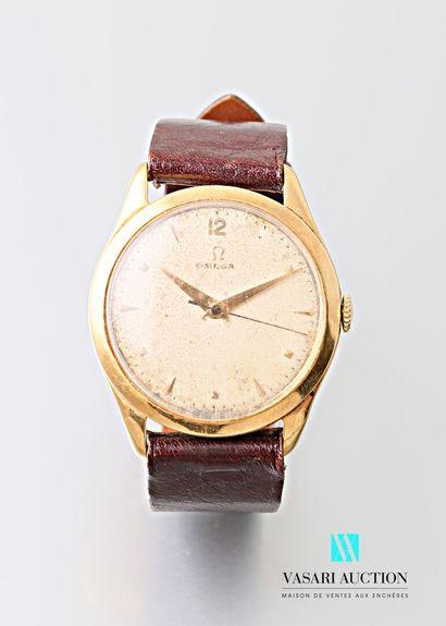 Montre bracelet de marque Oméga, le cadran...