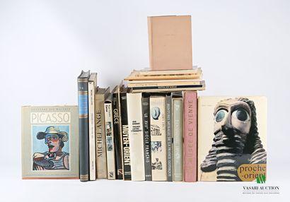 [BEAUX ARTS]  Lot comprenant vingt ouvrages...