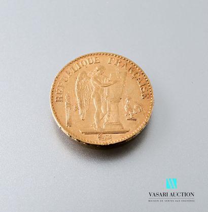 Une pièce en or de 20 francs figurant le...
