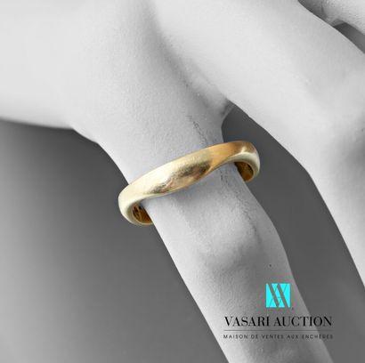 Cartier, anneau en or jaune 750 millièmes...