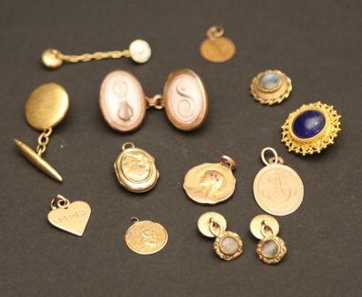 Lot de bijoux en or jaune 750/°° et 585/°°,...