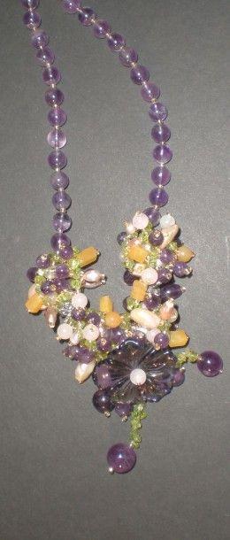 Collier de perles d'améthyste, de perles...