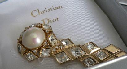 Belle broche fantaisie, signé Christian DIOR,...