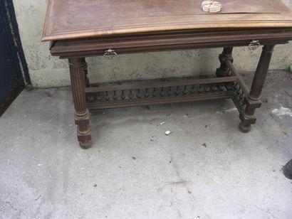 Table de style Henri II