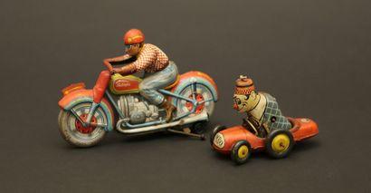 Deux jouets mécaniques : moto  TECHNOFIX...