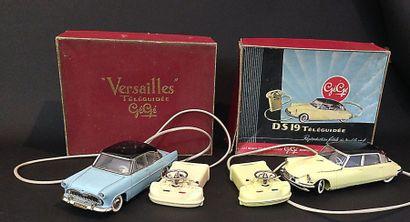GEGE : Versailles téléguidée bleu en boite...