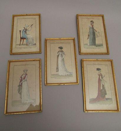 Cinq gravures de mode «Les Costumes  parisiens»...