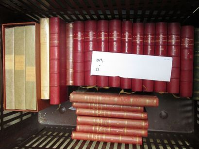 Caisse de littérature reliée et illustré...