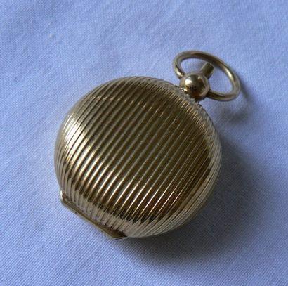 Porte-Louis en or jaune, pouvant faire pendentif,...