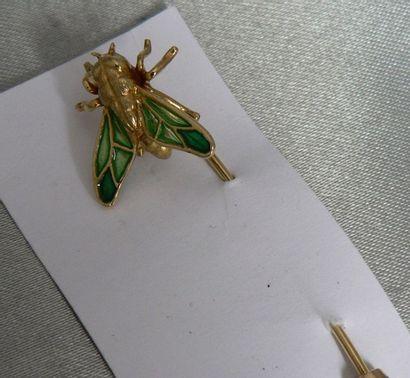 Epingle en or jaune à motif d'une abeille,...