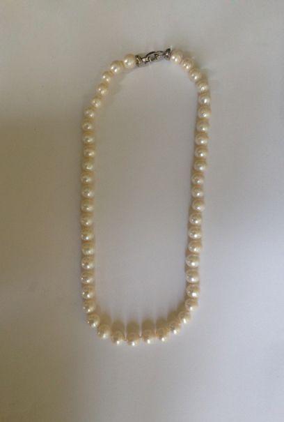 Collier choker de perles d'eau douce, le...