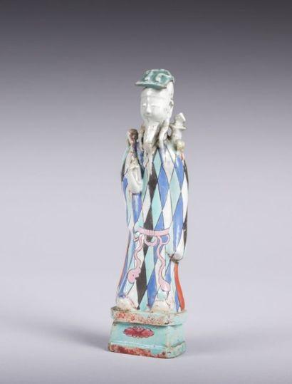 CHINE  Statuette de baxian en terre cuite...