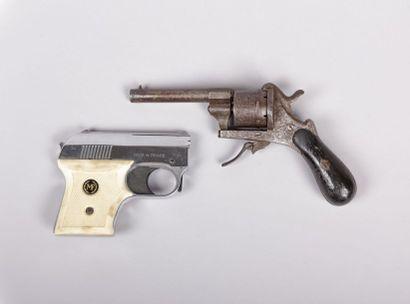 Revolver à broche - Cal. 7 mm -  «mouvement...