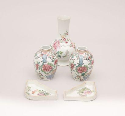 CHINE - Compagnie des Indes  Paire de vases...