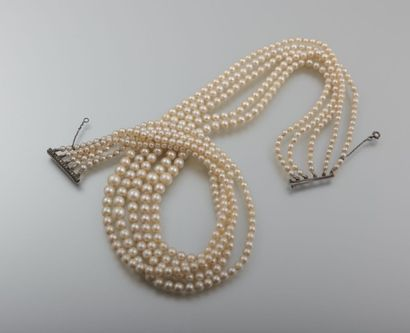 Collier à cinq rangs de perles de culture,...