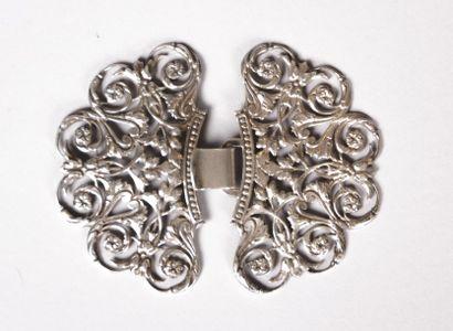 Boucle de ceinture en argent à décor ajouré...