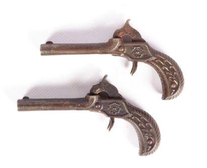 Paire de pistolet à amorces - canons juxtaposés...