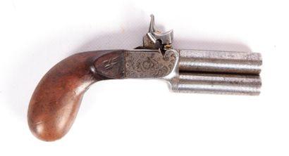 Pistolet à coffre à deux canons damas superposés...