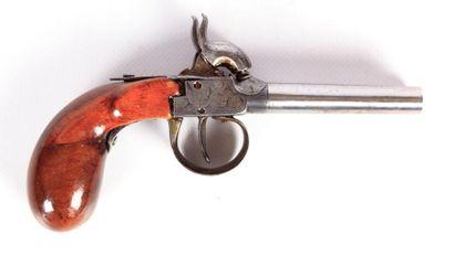 Pistolet à coffre à percussion - à canons...