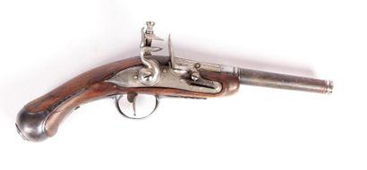 Pistolet à silex - platine gravée remise...
