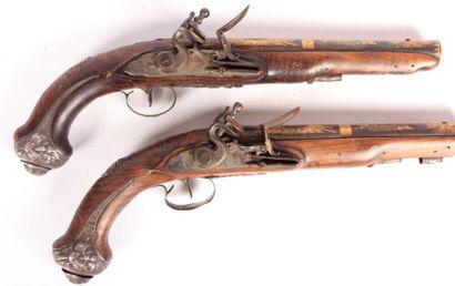 Paire de pistolets pour officier - canons...