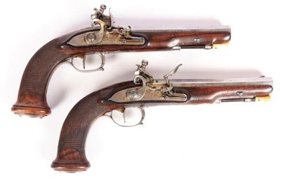 Paire de pistolets à silex par BOUTET - canons...