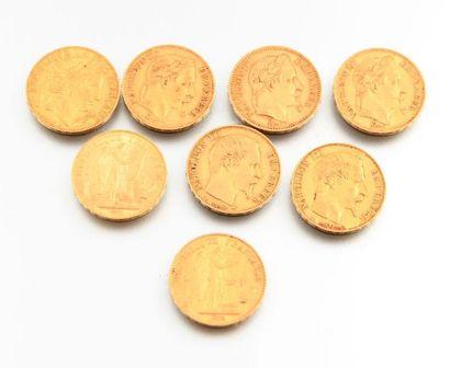 Huit pièces en or de 20 francs, dont cinq...