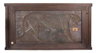 JOUVE Paul (1878-1973)  Panthère marchant  Bronze à patine noire et médaille  Signé...