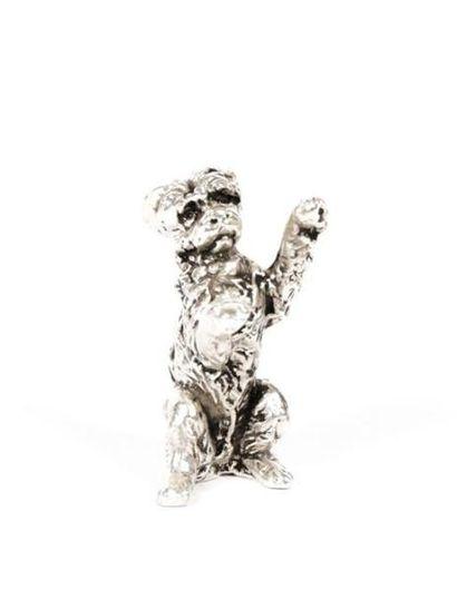 Sujet en argent figurant un chien Griffon...