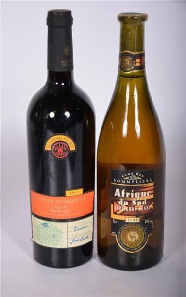 Lot de 2 blles de vin Étranger comprenant : 1 BlleVin rouge (Tunise) mise Famille...