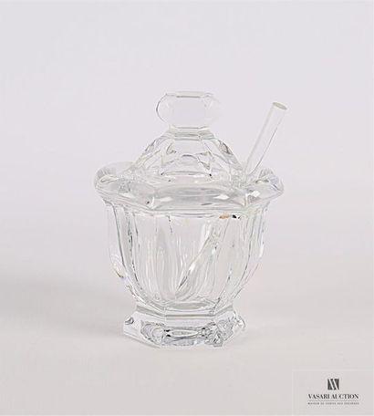 BACCARAT Moutardier en cristal moulé posant...