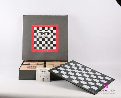 PIXI - HERGÉ / TINTIN Réf. : 40530 Jeu d'échecs en métal peint, le plateau en médium...