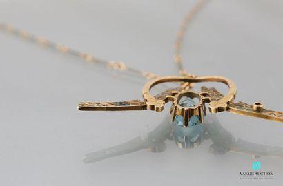 Pendentif LALIQUE en or jaune 750 millièmes, figurant deux libellules affrontées,...