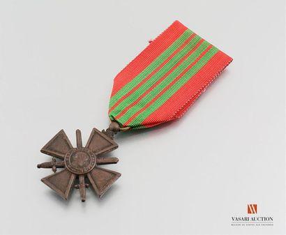 France - Croix de guerre 1939, version peu...